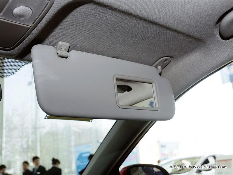 北京现代 瑞奕 瑞奕 2014款 1.4l 自动glx 车厢座椅