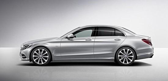 在�z(c_1特别版车型的细节,该车是奔驰全新c级的第一款特别版车型,在外观上有